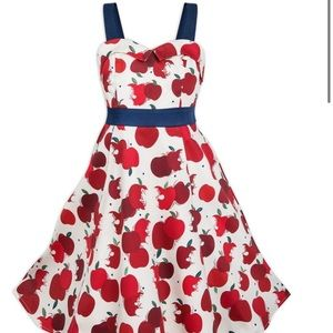 Disney dress shop Snow White Apple Dress